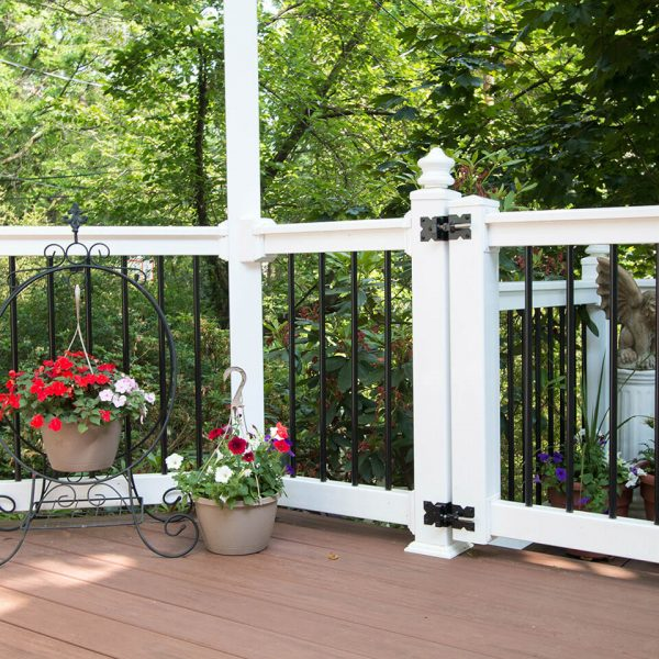 Vinyl Railing Around Deck