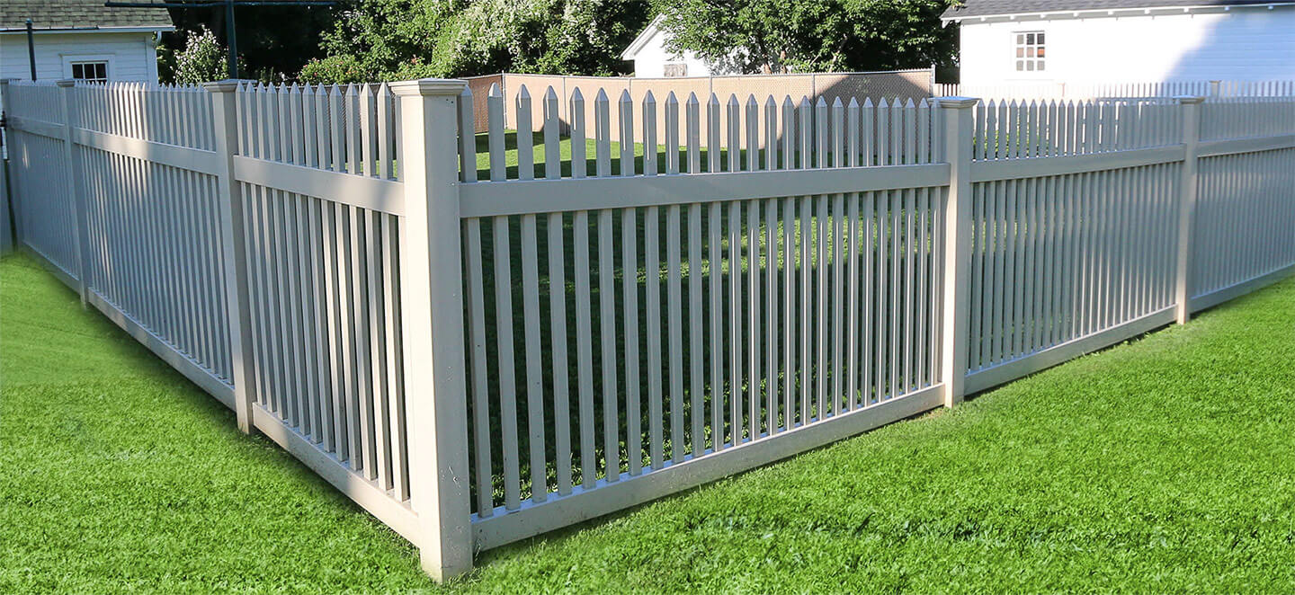 Delaware Straight Top Picket Fence