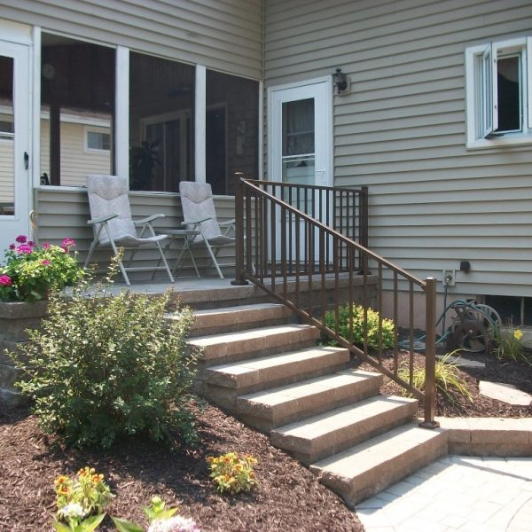 Westbury Tuscany Brown Aluminum Stair Railing