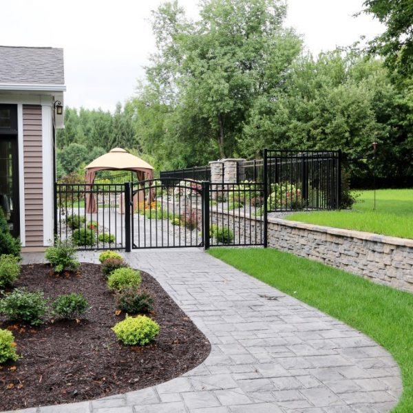 Regis Aluminum Fencing in Black with Gate