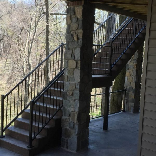 Outside Staircase With Westbury Aluminum Railing