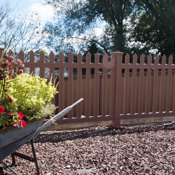 Vinyl Herkimer Straight Top Fencing