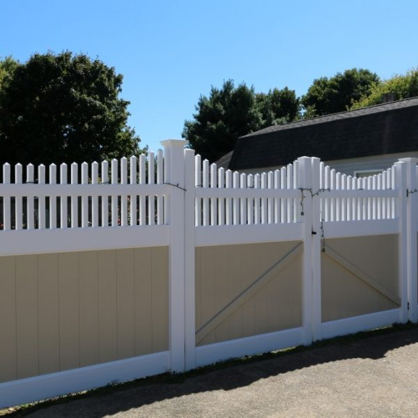 Tan Fulton Privacy Fencing with Franklin Concave Top