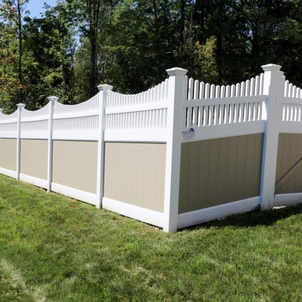 Vinyl Fulton Privacy Fencing