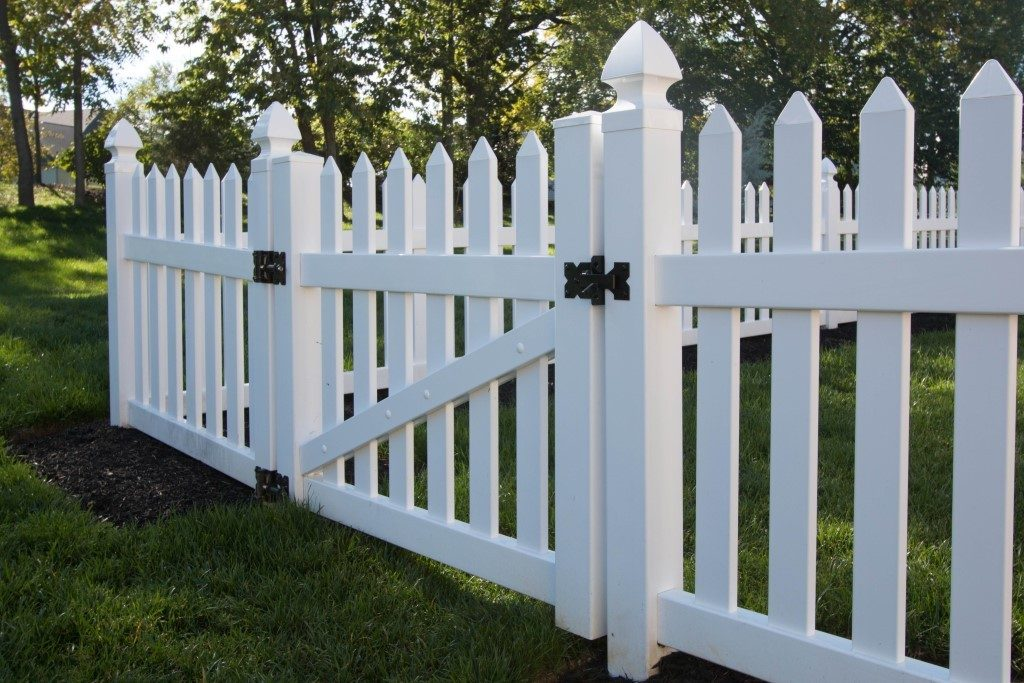 Herkimer Straight Top Picket Fence