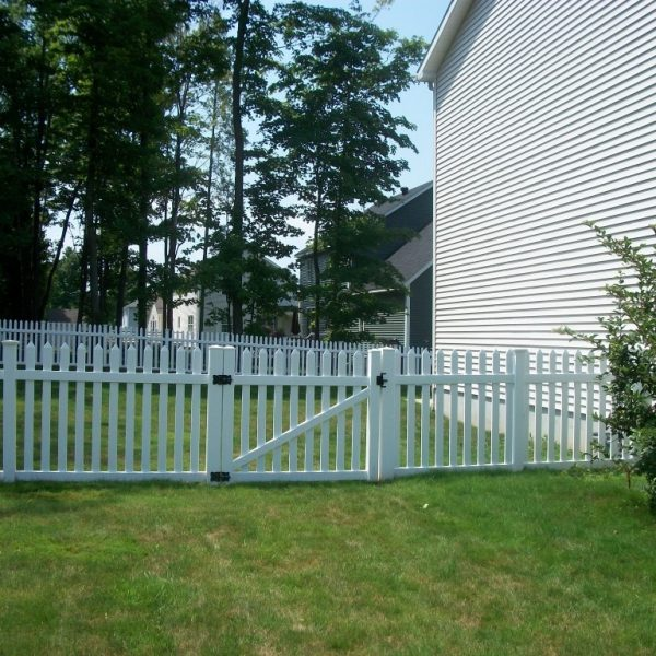 Herkimer Straight Top Fence in White