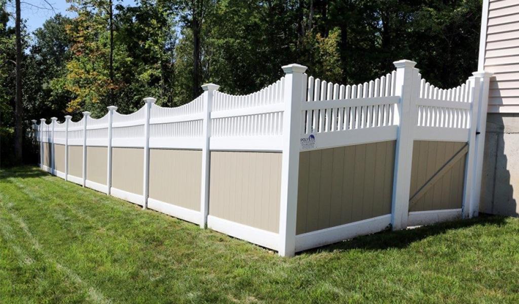 price of vinyl privacy fence
