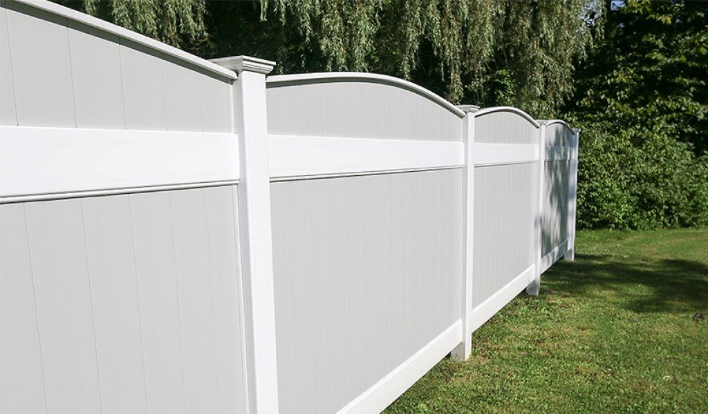 vinyl privacy fence cost