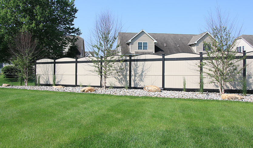 rounded top privacy fence
