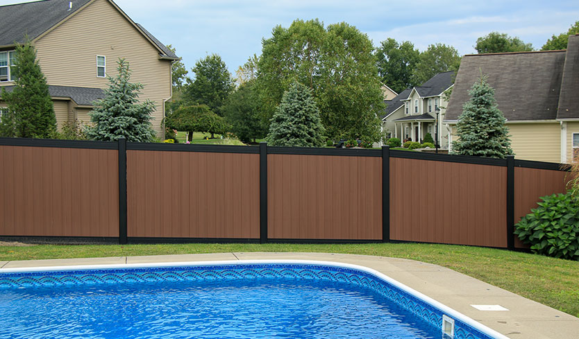 two-tone designer fence