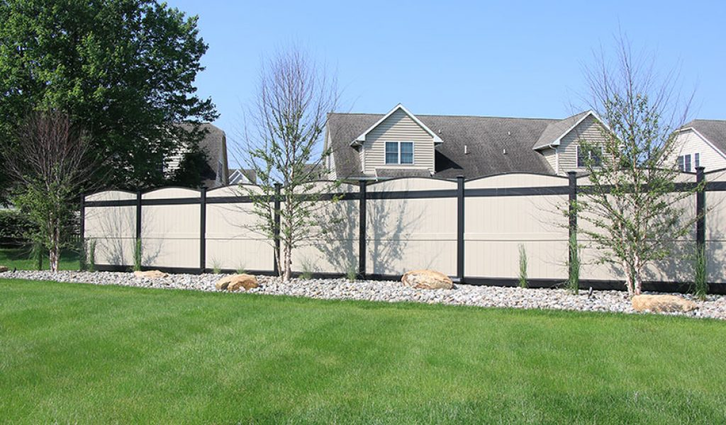 laminated vinyl low maintenance fencing option