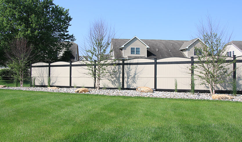 fence color ideas for house with blue or green siding