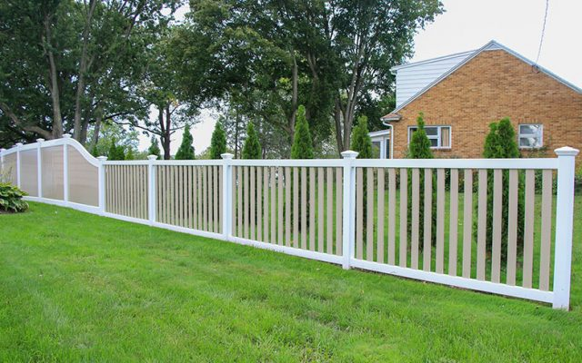 Style Trends: Two-Tone Vinyl Fences & More