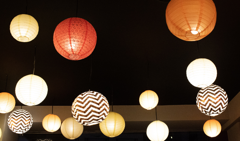 globe pendant outdoor lighting idea