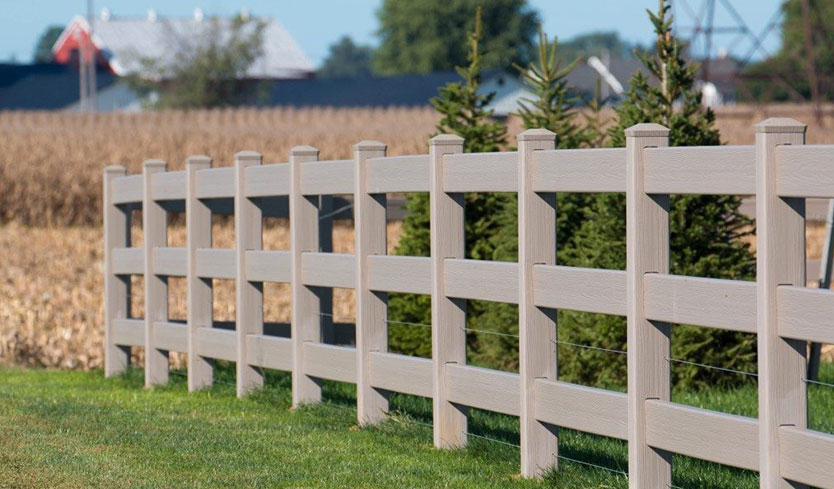 synthetic wood fencing