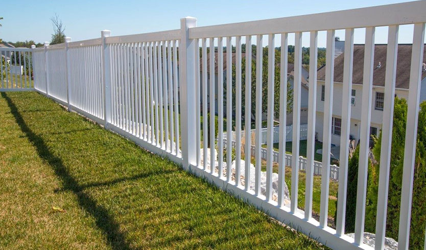 cayuga lawn fence style