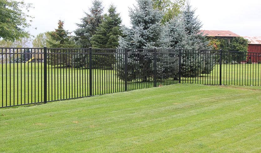 aluminum fence manufacturers
